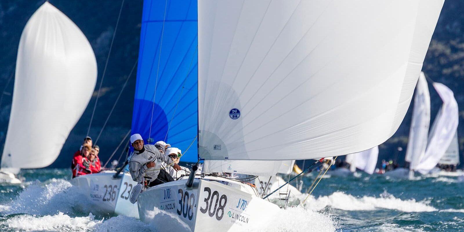J/70 di poppa durante una regata alla Fraglia Vela Malcesine