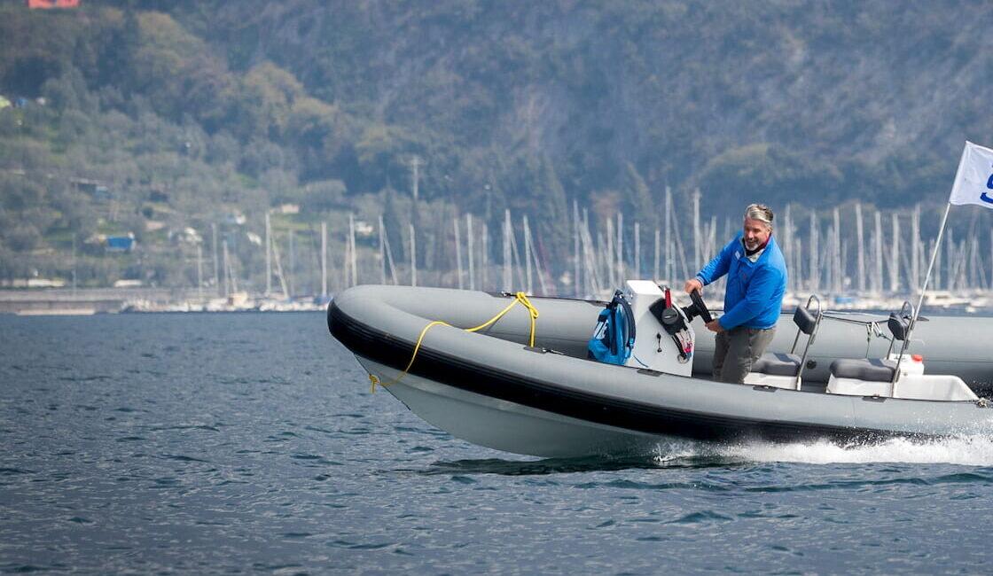 Gommone H14 ribs Fraglia Vela Malcesine Lago di Garda
