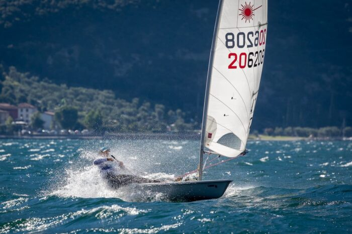 Laser Standard Classe Olimpica Fraglia Vela Malcesine