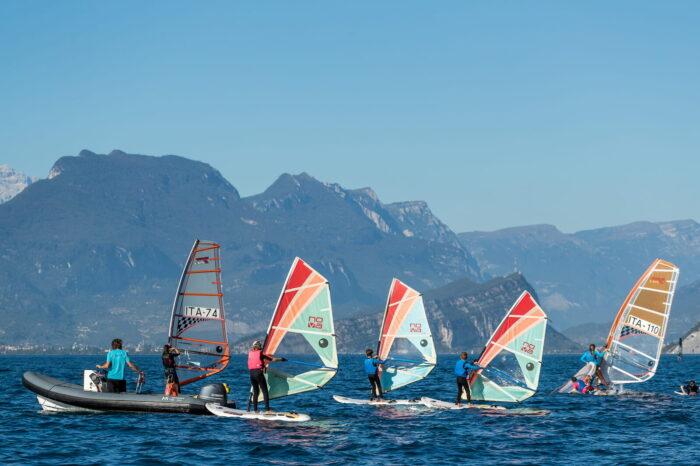 Scuola Windsurf Estate Fraglia Vela Malcesine Lago di Garda