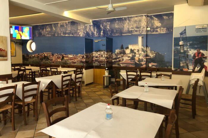 ristorante pizzeria caminetto fraglia vela malcesine lago garda